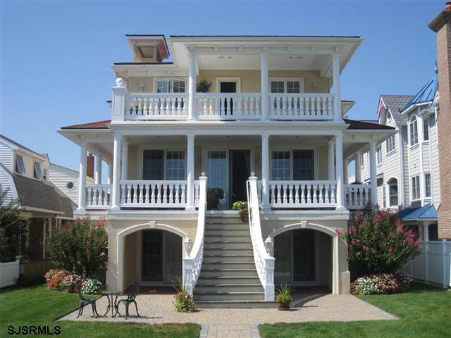 20 spectacular beach homes of the jersey shore for Nj house builders